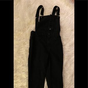 Forever 21 black overalls with adjustable straps
